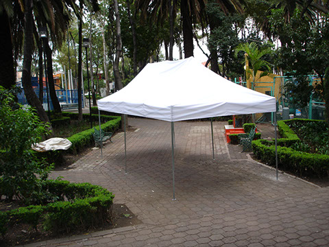 Carpas urgentes for Carpas para jardin baratas