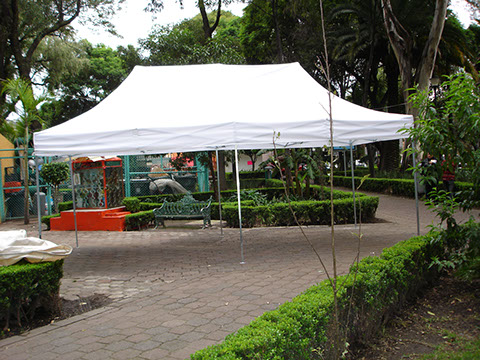 Carpa facil de armar for Carpas para jardin baratas